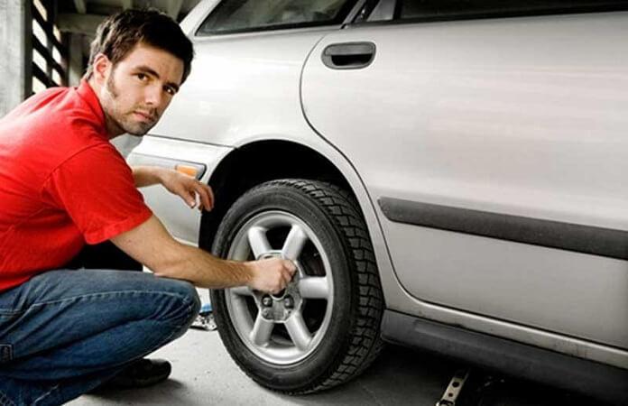 Cách kiểm tra xe ô tô cũ đã qua sử dụng một cách đơn giản