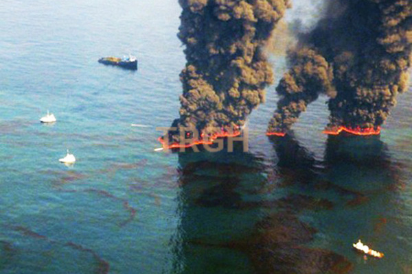 Hoạt động khai thác dầu của con người gây ô nhiễm biển